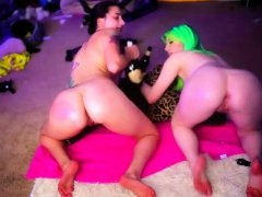 Fetish lesbian asian hoe pumps wam ass and drinks ass milk